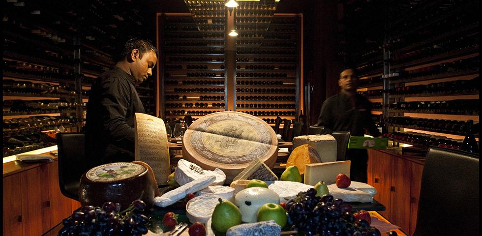 チーズ&ワインバー